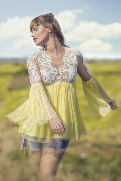 LOOSE-FITTING LACE SILK TULLE BLOUSE