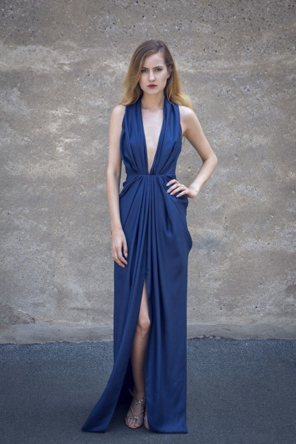 V-NECK OPEN BACK SILK LAME GOWN