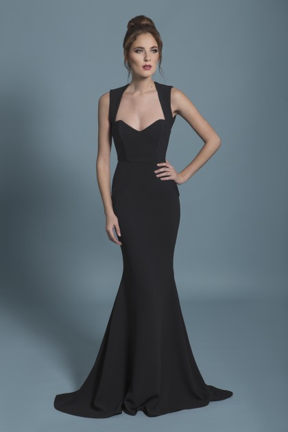 FIGURE-HUGGING LONG CREPE GOWN