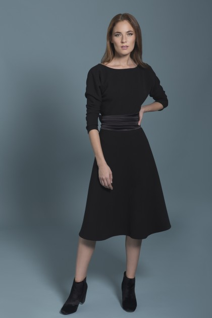 LONG-SLEEVED COCKTAIL DRESS