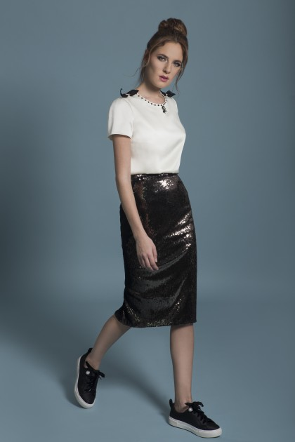 KNEE-LENGTH SEQUIN SKIRT