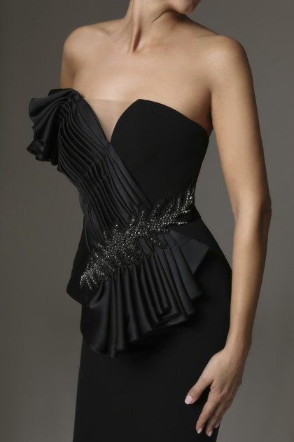 HAND-CRAFTED DRAPES DETAIL DRESS