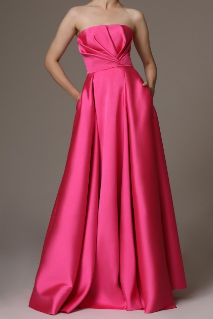 STRAPLESS STRUCTURED MIKADO GOWN