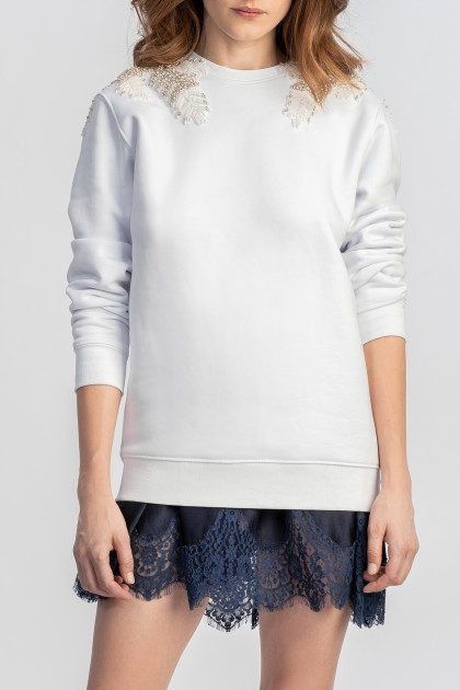 SWEATSHIRT WITH SNOWFLAKE EMBROIDERY ON SHOULDERS