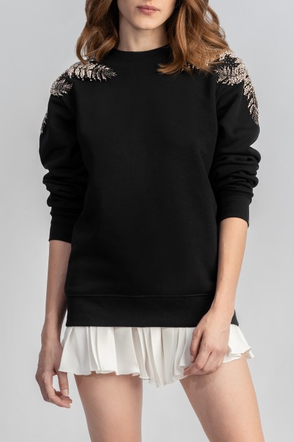 BLACK SWEATSHIRT WITH SNOWFLAKE EMBROIDERY ON SHOULDERS