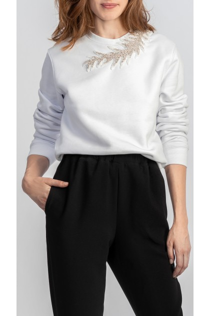WHITE SWEATSHIRT WITH CORAL EMBROIDERY AT NECKLINE