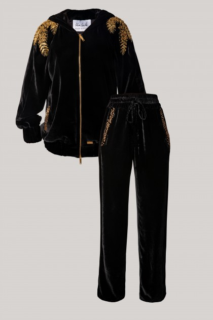 RICH CRYSTAL EMBROIDERED HOODIE & LOOSE-FIT EMBROIDERED VELVET PANTS SET