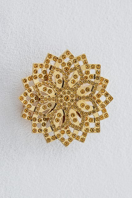 GOLD LOTUS BROOCH