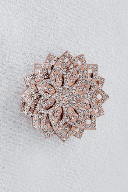 ROSE-GOLD LOTUS BROOCH WITH CRYSTALS