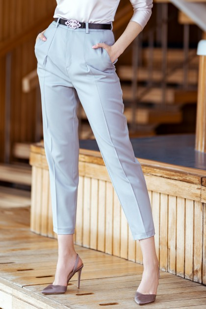 ELEGANT STRAIGHT PANTS
