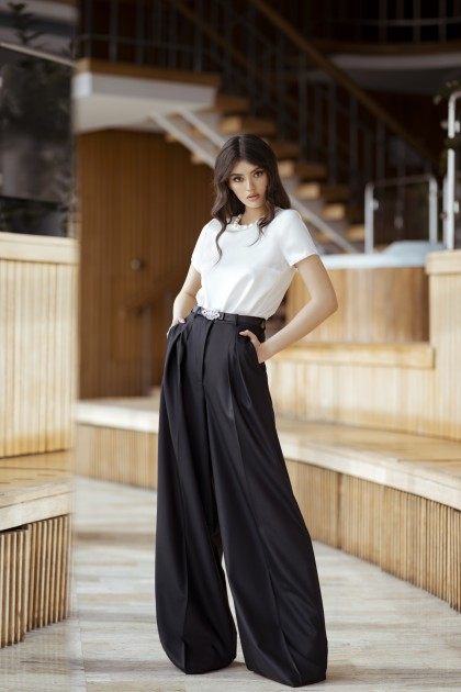 EXTRA WIDE LEG PANTS