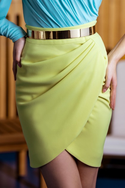 DRAPED SHORT CREPE SKIRT