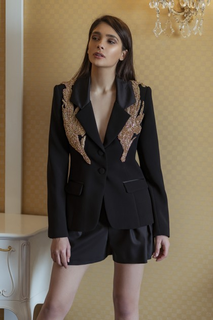 STRUCTURED EMBROIDERED BLAZER