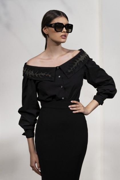 OFF THE SHOULDERS EMBROIDERED BLACK SHIRT
