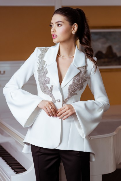 EMBROIDERED BLAZER WITH WIDE SLEEVES